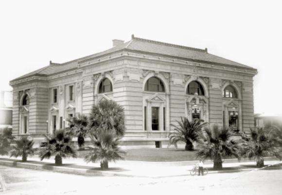 Rosenberg Library building ca. 1904